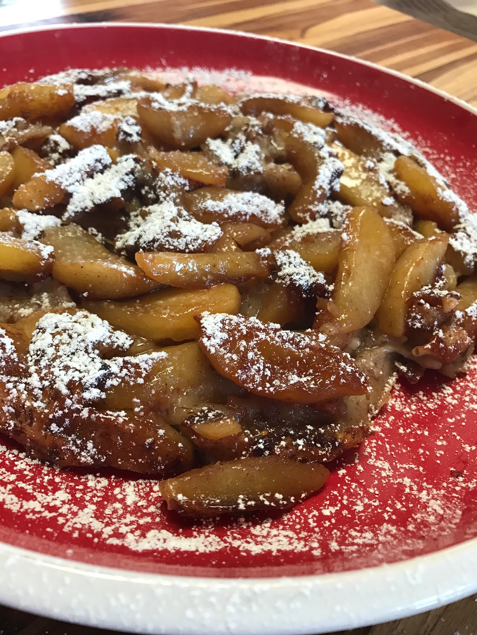 Apple Date German Pancake