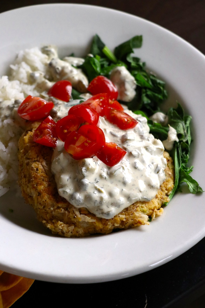 chickpea cake with tartar sauce vegan