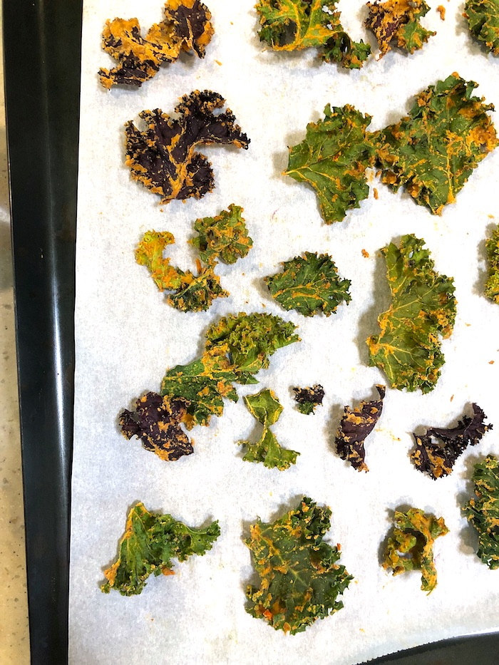 crispy cheesy baked kale chips